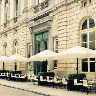 Cafe Theatre terrasse.jpg