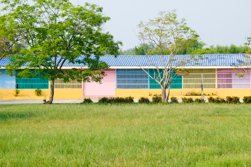 Montre Kumsiri_Colourful School