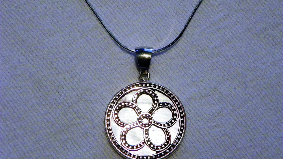 Mother of Pearl circle pendant set in 925 Sterling Silver with snake chain