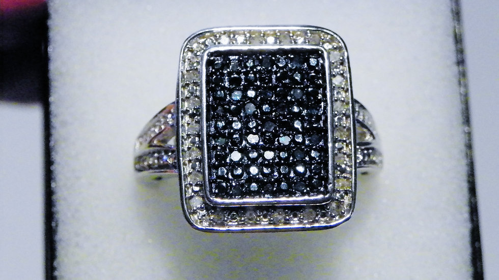 Blue & White diamond ring (.33 cts) in Platinum over 925 Sterling Silver sz 6