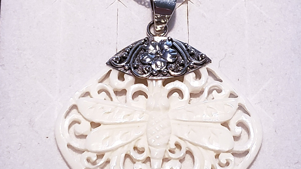 Artisan carved dragonfly necklace in 925 Sterling Silver w/ 925 chain