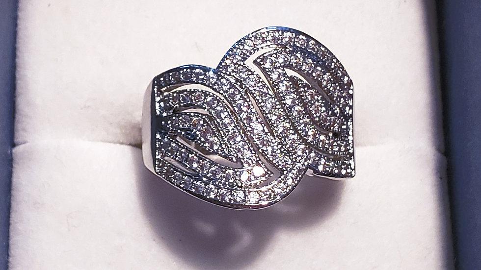 Cubic Zirconia fancy negative space cocktail ring sz 8 in silvertone