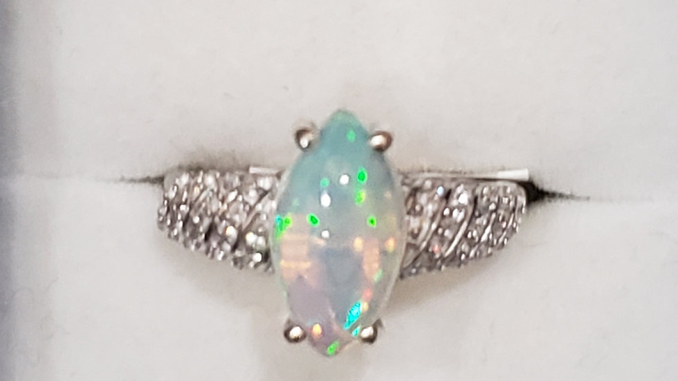 Ethiopian Welo Opal and natural Zircon ring platinum over 925 2.00cts
