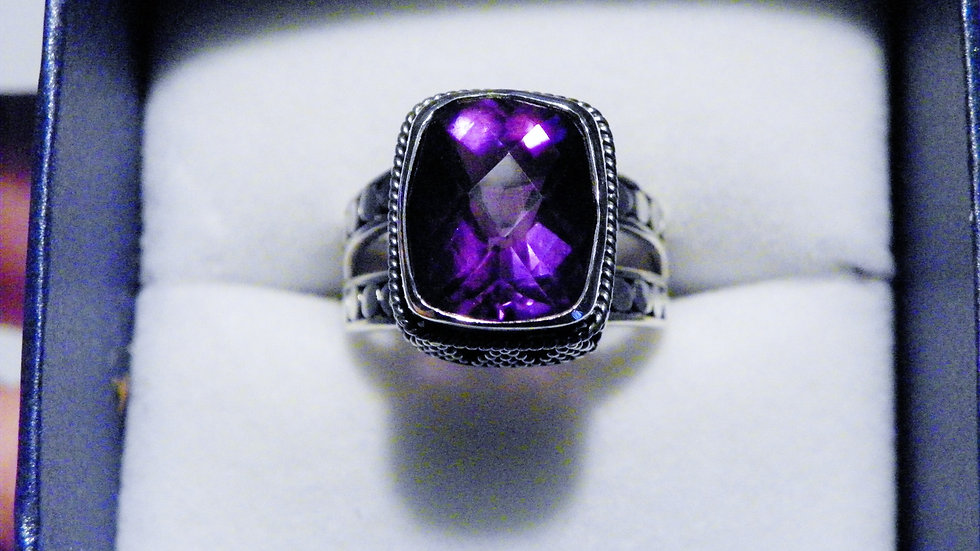 Artisan Crafted Amethyst (5.14ct) ring in Sterling Silver size 6 1/2