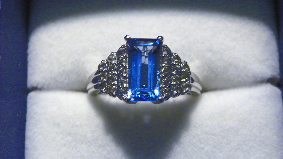 Swiss Blue Topaz (2 ct) & White Topaz (.50 ct) ring in Plat/925 size 6
