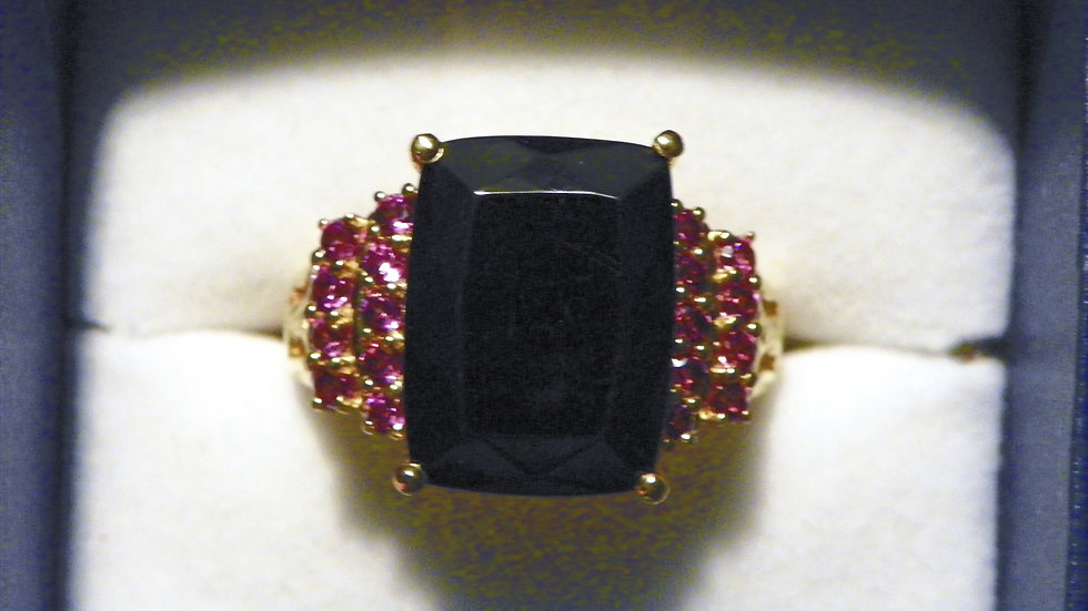 Shungite/ Rhodolite Garnet ring in 14k Yellow Gold over 925 Silver 7.80 cts sz 9