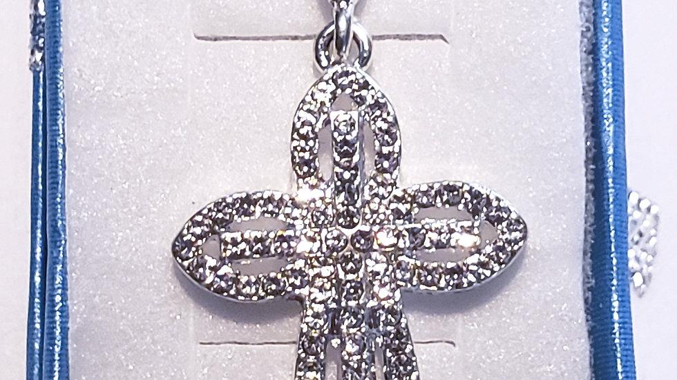 Cubic Zirconia Cross pendant w/chain 22 inches in silvertone