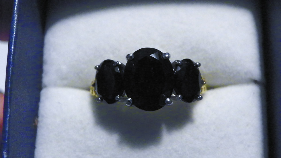 Black Tourmaline & Black Spinel ring (6.50 ct) in 14K YG & Plat/925 size 8
