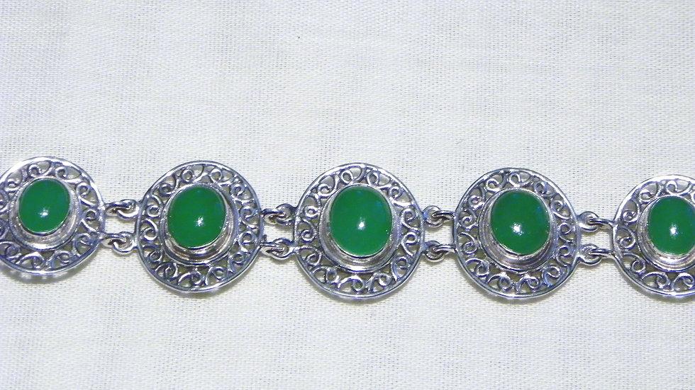 Burmese Green Jadeite bracelet in 925 Sterling 16.67 cts 6 to 8 inch adjustable