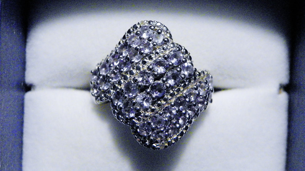 Tanzanite (1.74ct) & Dia (.02ct) ring in Plat/Sterling Silver sz 7