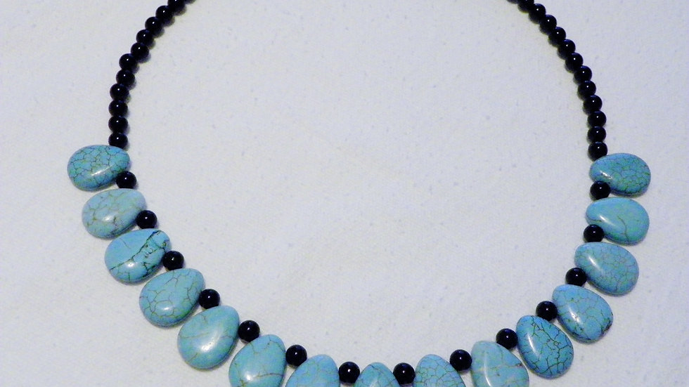 Turquoise Howlite & Black Agate 20 inch necklace(226.8 cts)with Stainless clasp