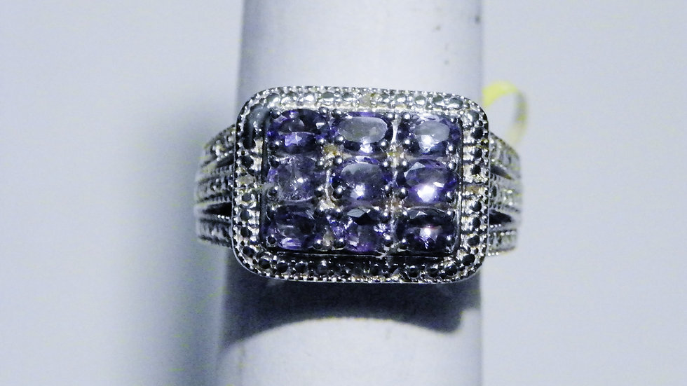 Tanzanite (1.80ct) & dia (.02ct) ring in Platinum over Sterling Silver size 8
