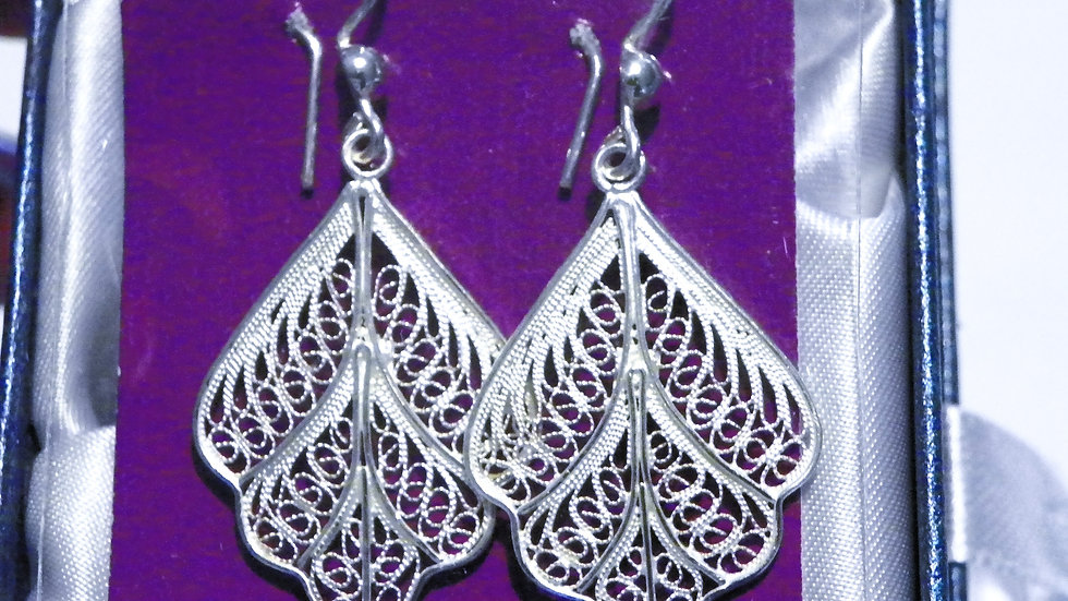 925 Sterling Silver filigree style dangle earrings in gift box
