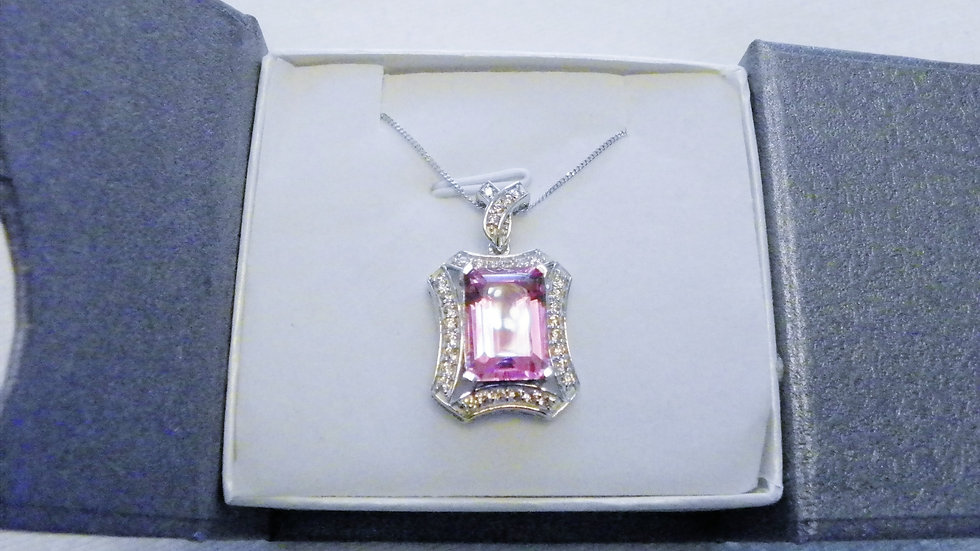 Lilac Quartz(8.80 ct)& simulated Pink Sapphire 1.55ct Pendant in 925