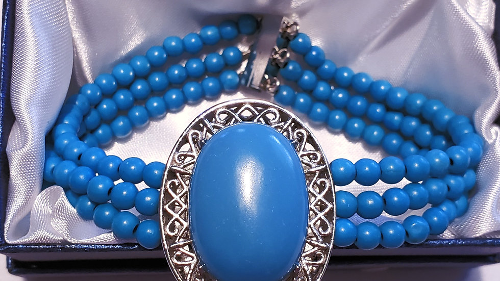 Sleeping Beauty Turquoise colored Howlite triple strand bracelet magnetic clasp