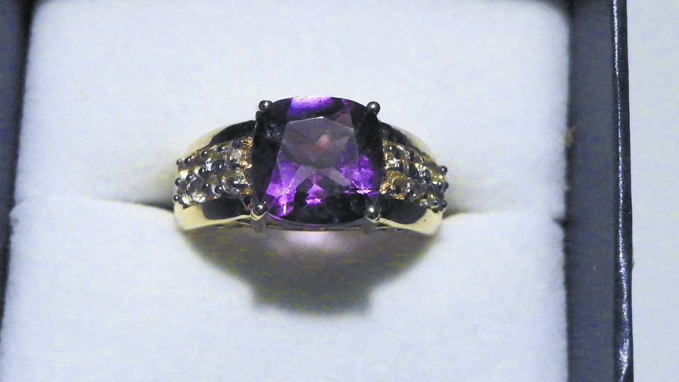 African Amethyst & White Topaz (4.35ct) ring in 18K YG over 925 Sterling sz 7