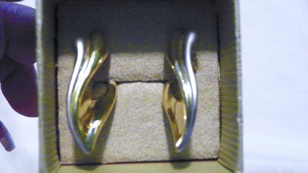 14K Yellow and White Italian art deco Gold earrings 4.68 grams