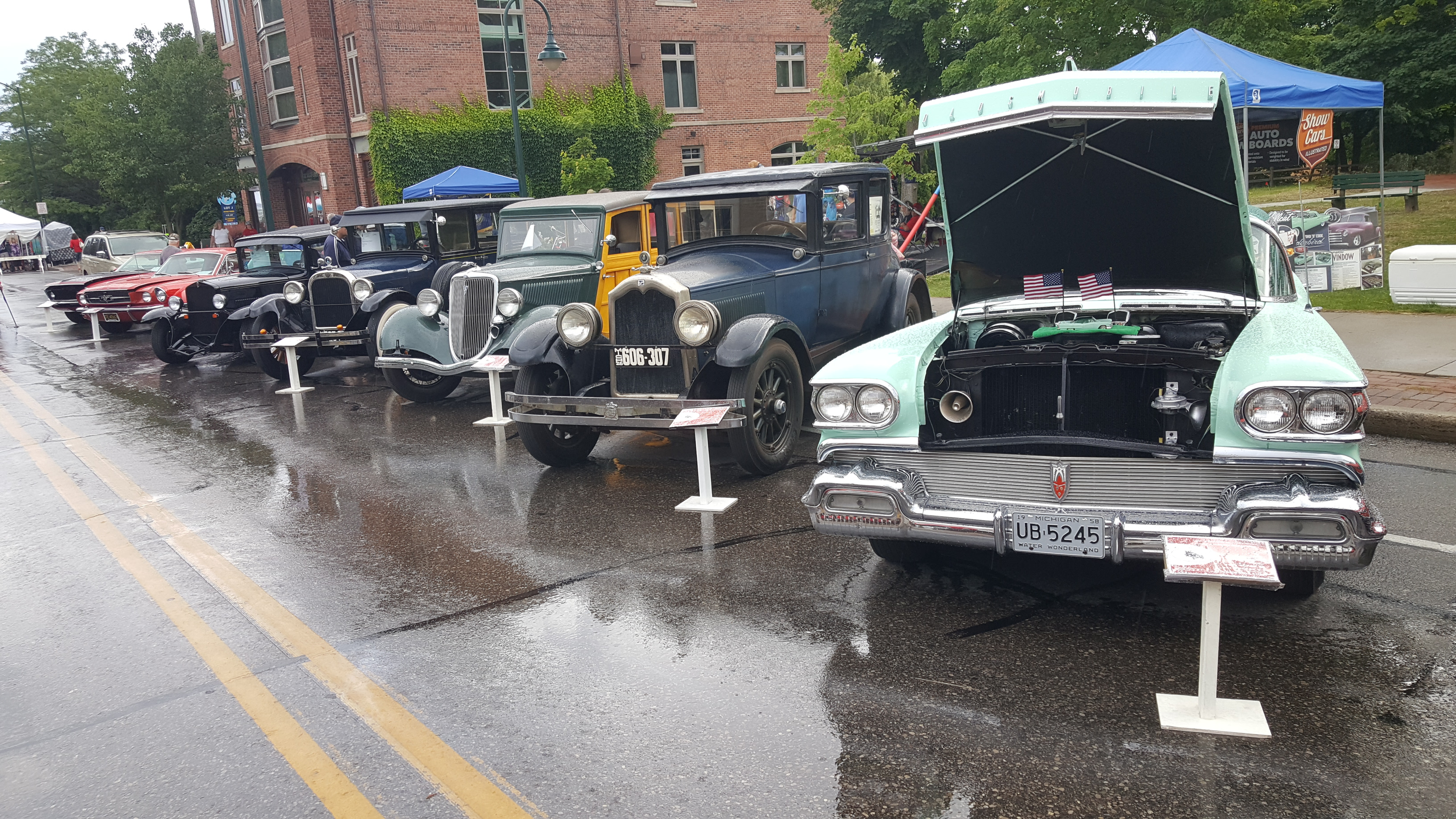 TC Oldtown Classic Car Show