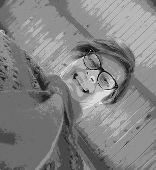 Vicki profile pic.jpg