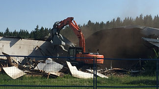 Old barn WELCA_demolished.jpg