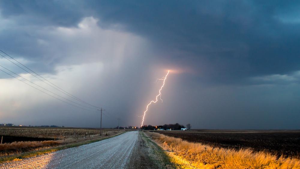 thunderstorm in the prairies