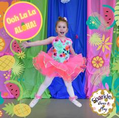 ACBA Sparkle Dance and Play Ooh la la ALOHA.png