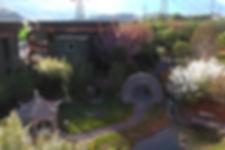 Centre Darma vue depuis Jardin Zen, Aigle, Suisse