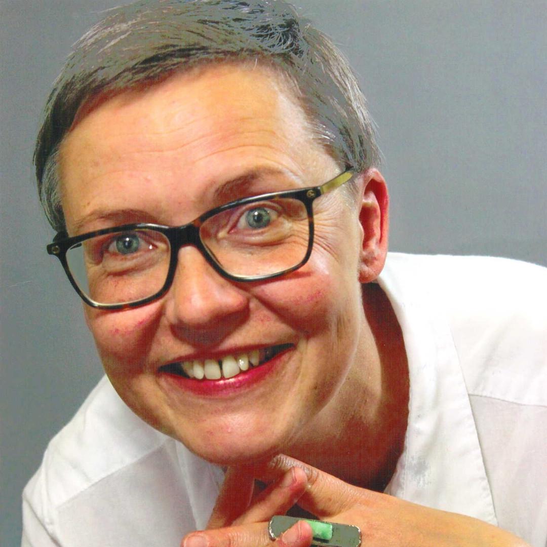 Karina Kraßnig, Büro