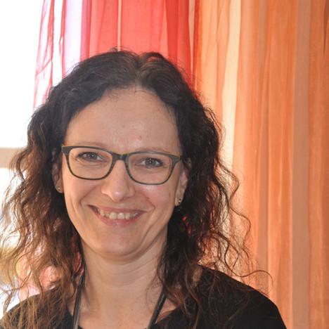 Vera Kuncic, Büro