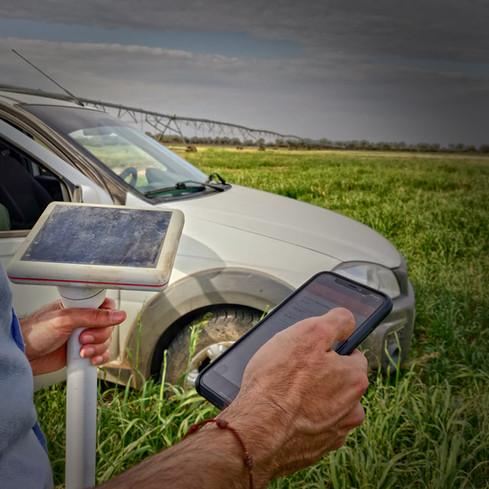 Sensor y aplicación móvil en agricultura chaco riego paraguay