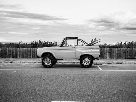 71' Bronco Beachside B+W