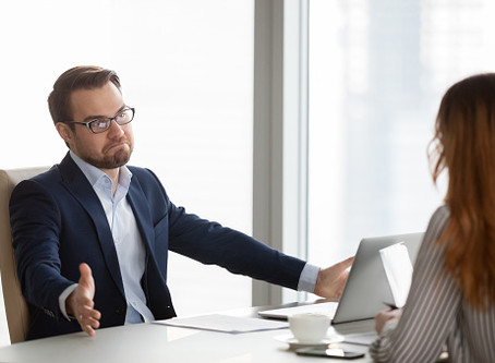 Может ли работодатель при приеме на работу требовать справку на Covid-19?