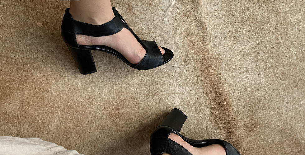 t strap leather heels