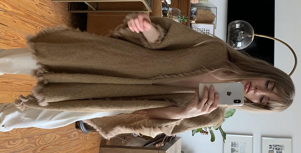 Camel fur trim shawl