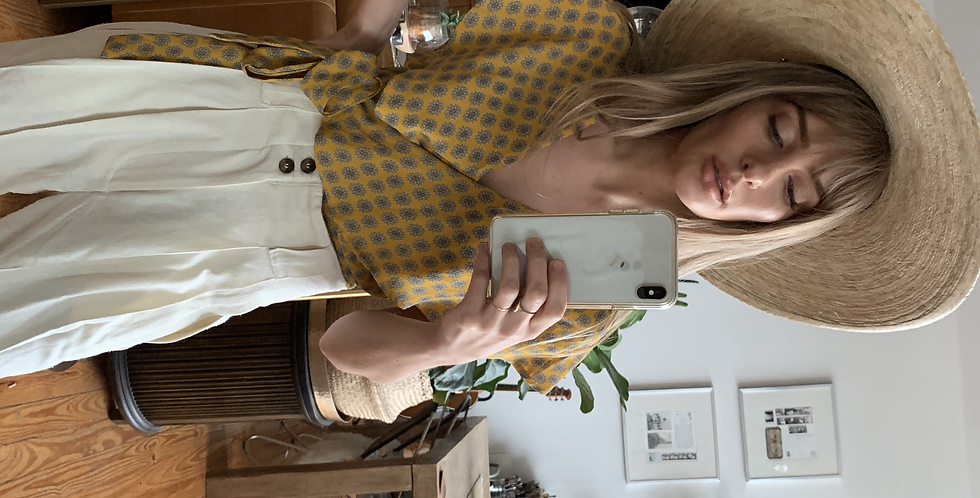 Yellow tile print flutter top