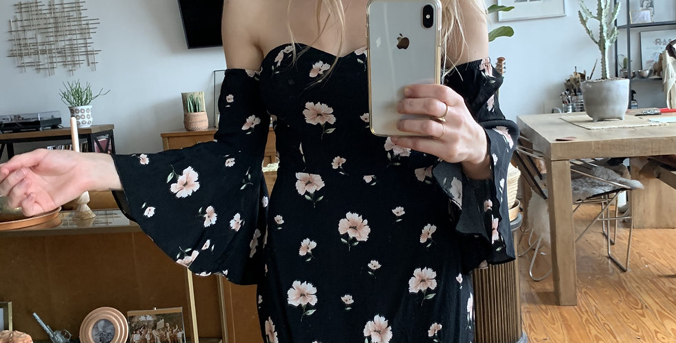 French cafe dress