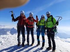 Alle fünf auf dem Gipfel des Weissmies