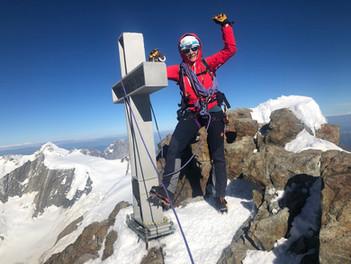 Gipfel Finsteraarhorn, 4274m
