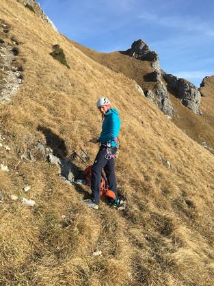 Umrüsten vom Zustieg aufs Klettern