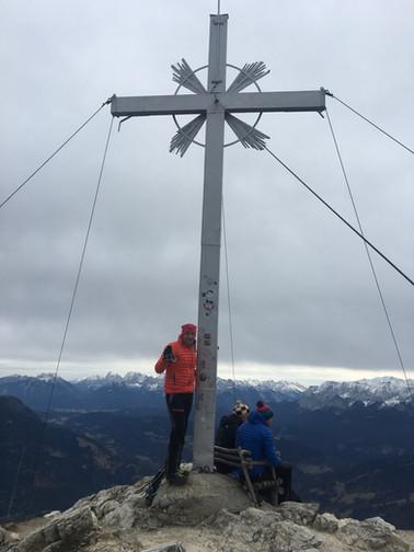 Milla mit Manni am Gipfel