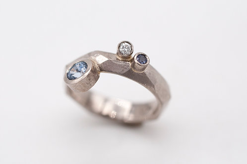 Geometric Rock mit Diamant und Saphiren