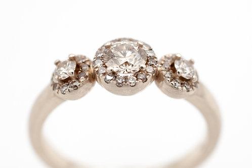 Champagnerfarbener Diamantring