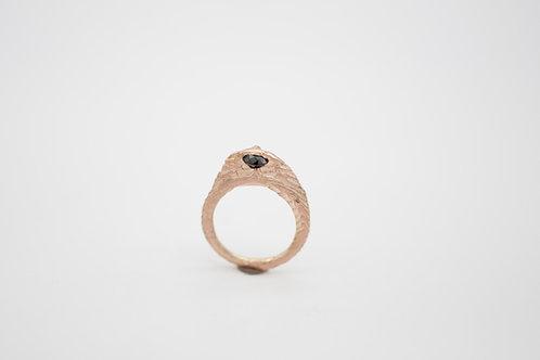 Ossa Sepia Ring - schwarzer Diamant