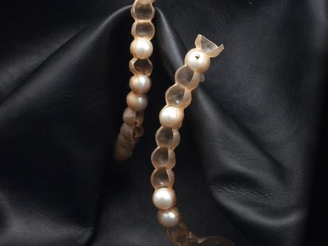 """Pearls as best friends"" @Galerie V&V Wien"
