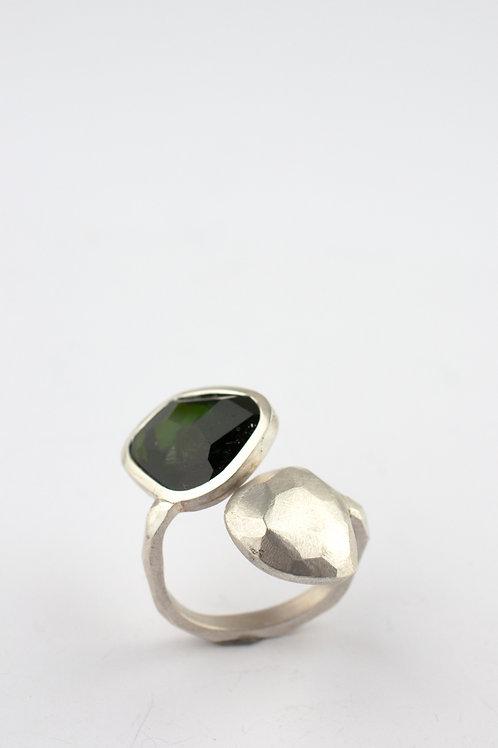 Silberring mit grünen Turmalin