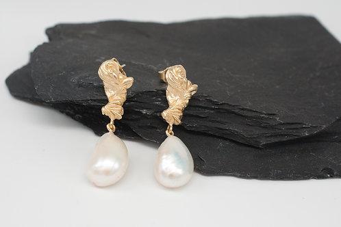 Pebbles Ohrringe mit Barockperle