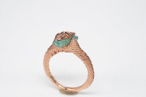 Ossa Sepia Ring + Smaragd