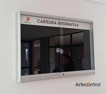 CARTELERA INFORMATIVA VITRINA.jpg