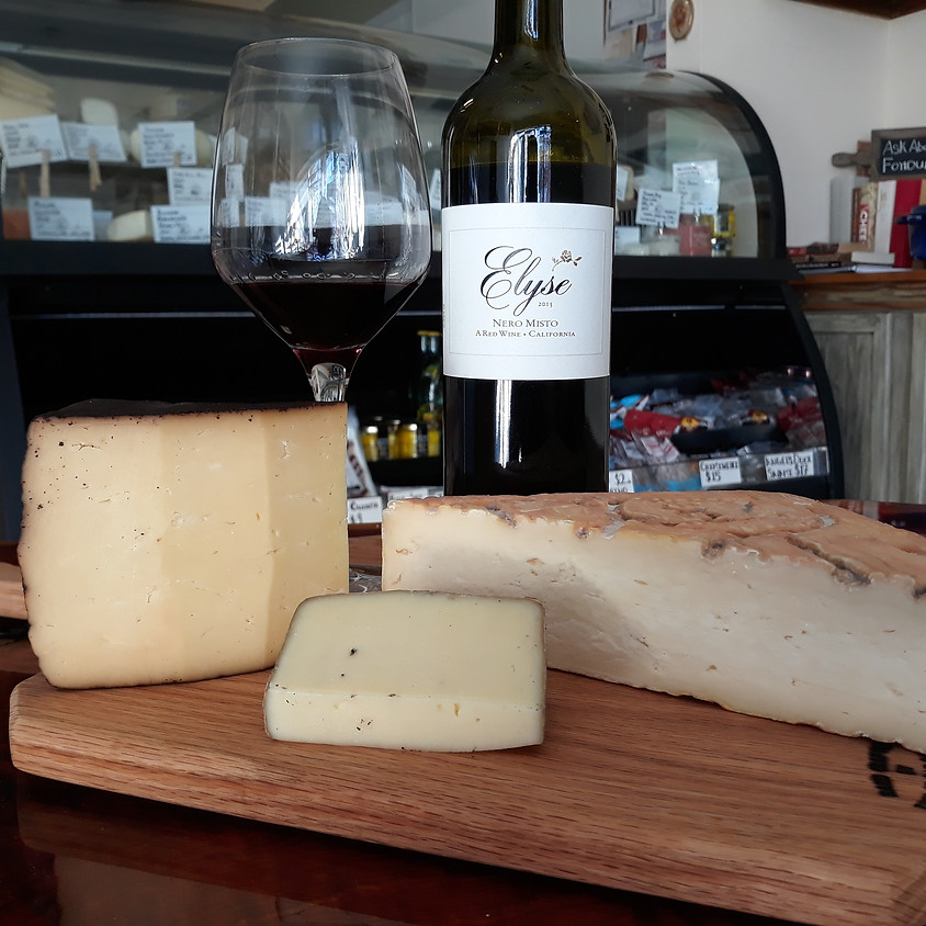 Christmas Red Wine and Cheese Gift Set