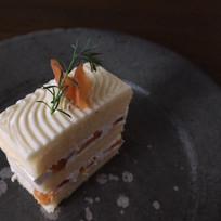 杏のバターとホイップクリームケーキ.jpeg